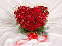Red Roses Romantic Heart Shaped Arrangement