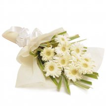 12 White gerberas bouquet