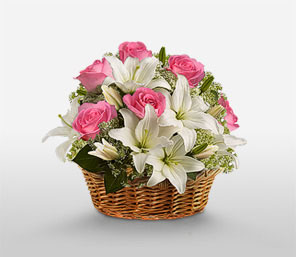 Short stems 6 White lilies 3 pink lilies in a basket