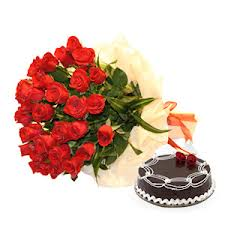 1 Kg Cake and 12 red roses bunch