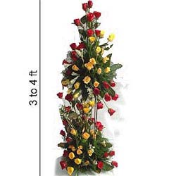 3 to 4 Feet Tall arrangement of mix flowers