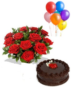 1/2 Kg Chocolate Cake with 5 Air filled balloons and 12 red white roses bouquet