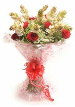 6 Tuberoses 6 red roses bouquet
