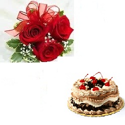 1 Kg Black Forest Cake With 3 Roses