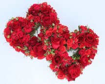 40 red roses in 2 hearts