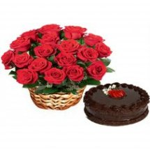 Heart Cake +24 Red Roses Basket