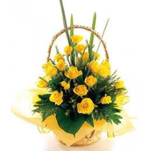 Basket of 18 Yellow Roses